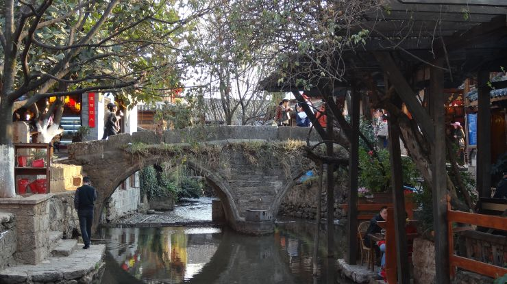 the old bridge of lijiang